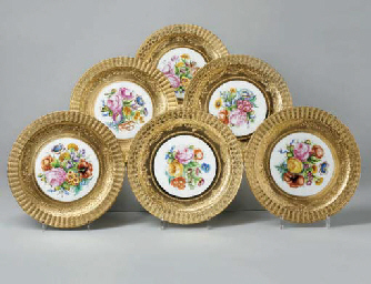 SIX ASSIETTES EN PORCELAINE DE PARIS (LE TALLEC)