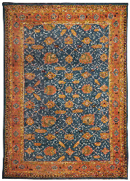 A LARGE USHAK CARPET