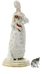 A MEISSEN FIGURE OF A LADY PLA