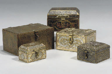 A GROUP OF CAIROWARE BRASS BOX
