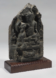 A PALA BLACK STONE STELE, 12TH
