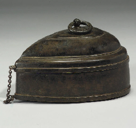 A BRONZE CASKET, DECCAN, 17TH