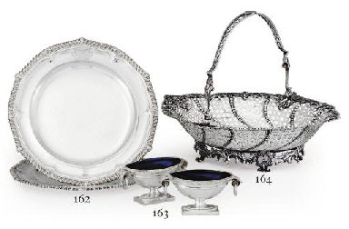 A PAIR OF REGENCY SILVER DINNE