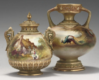 A ROYAL WORCESTER POT-POURRI V
