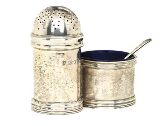 A MODERN SILVER PEPPER POT AND