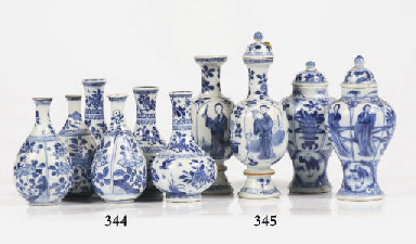 Two sets of Chinese blue and w