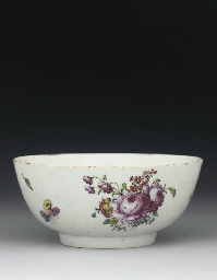 A LONGTON HALL BOWL