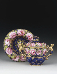 A SPODE BLUE-GROUND CHOCOLATE-