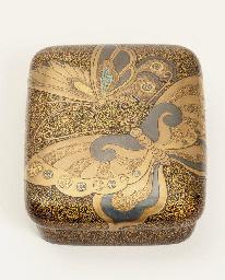 A lacquer tebako [accessory bo