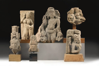 Six Central Indian stone fragm