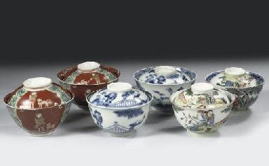 Three pairs of Namban bowls an