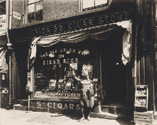 Union Square Cigar Store, 1938