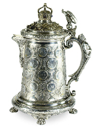 A LARGE GERMAN SILVER TANKARD,