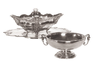 A FRENCH SILVER SAUCEBOAT-ON-S