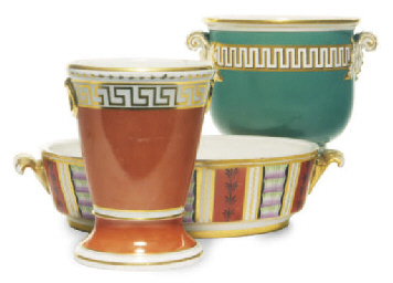 TWO ENGLISH PORCELAIN WARES AN