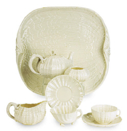 AN ASSEMBLED IRISH BELLEEK POR