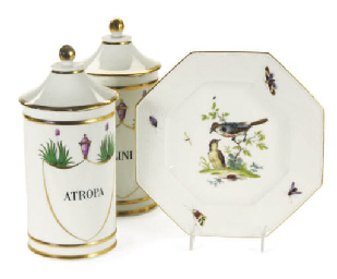 A SET OF SIX GERMAN PORCELAIN