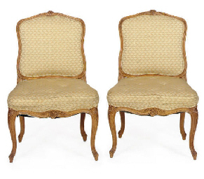 A PAIR OF BEECHWOOD SIDE CHAIR
