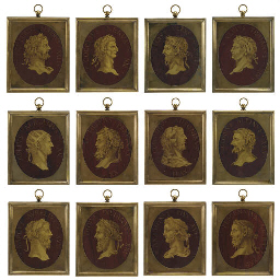 A SET OF TWELVE ITALIAN GILT-H