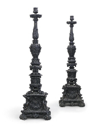 A PAIR OF LARGE ITALIAN BRONZE