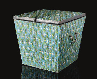 A Cloisonne enamel box and cov