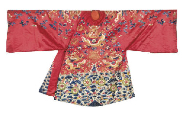 A RED IMAGE ROBE, 19TH CENTURY
