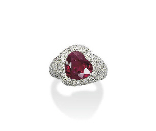 A CHARMING RUBY RING, BY DE GR