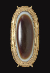 A ROMAN GOLD AND EYE AGATE NEC
