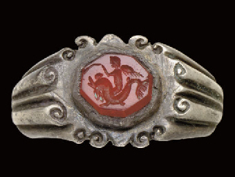 A ROMAN SILVER AND CARNELIAN F