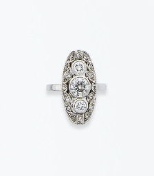 BAGUE ART DECO DIAMANTS