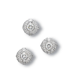 A SET OF DIAMOND DRESS STUDS