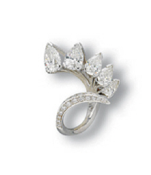 A DIAMOND 'IRIDE' RING, BY SCA