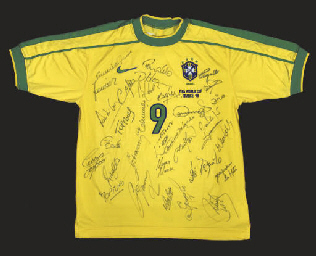 A YELLOW BRAZIL SHORT-SLEEVED