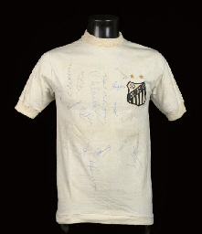 A WHITE SANTOS SHORT SLEEVED-S