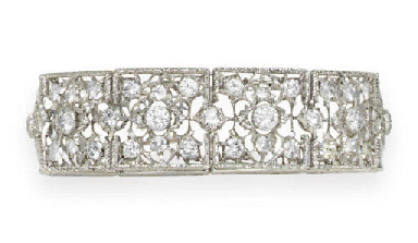 A DIAMOND BRACELET, BY BUCCELL