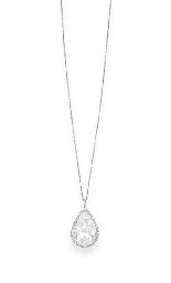 AN IMPORTANT DIAMOND PENDANT N
