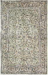 A fine Kashan carpet, Central