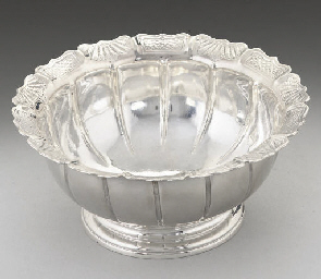 A GEORGE II SILVER SUGAR BOWL,