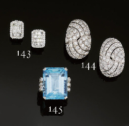 AN ART DECO AQUAMARINE SINGLE