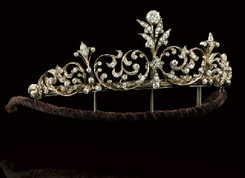 A late Victorian diamond tiara