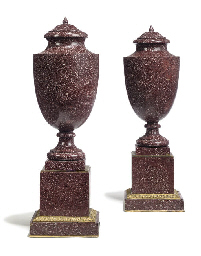 A PAIR OF FRENCH LIDDED PORPHY