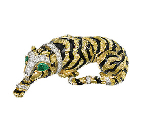 A TIGER BROOCH, BY DAVID WEBB