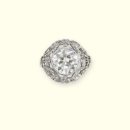 A BELLE EPOQUE DIAMOND RING