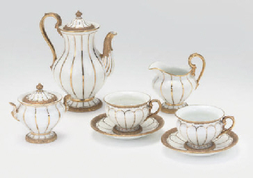 A MEISSEN WHITE AND GILT TETE-