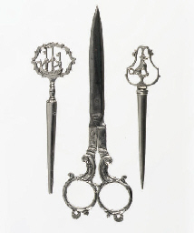 A pair of dutch silver scissor