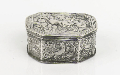 A fine dutch silver scent-box
