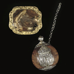 A gilt-metal mounted agate snu