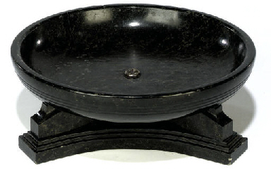 A BLACK FOSSIL MARBLE CENTRE D
