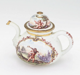 A MEISSEN (KPF) TEAPOT AND COV