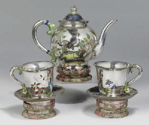 A Chinese silver and enamel te